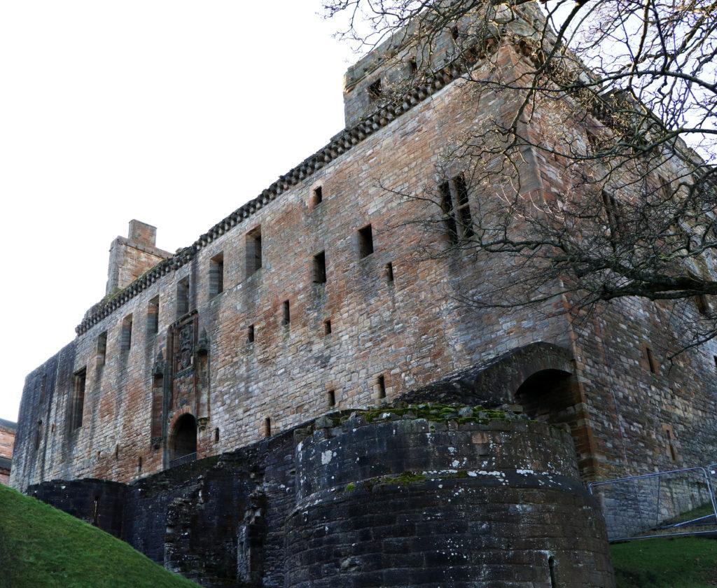 рождение марии стюарт, линлитгоу, короли и королевы шотландии, эдинбург, дворцы и замки, средневековье,