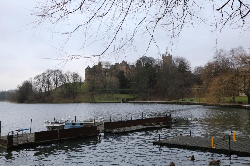 дворец линлитгоу шотландия, история и достопримечательности шотландии, замки средневековья,
