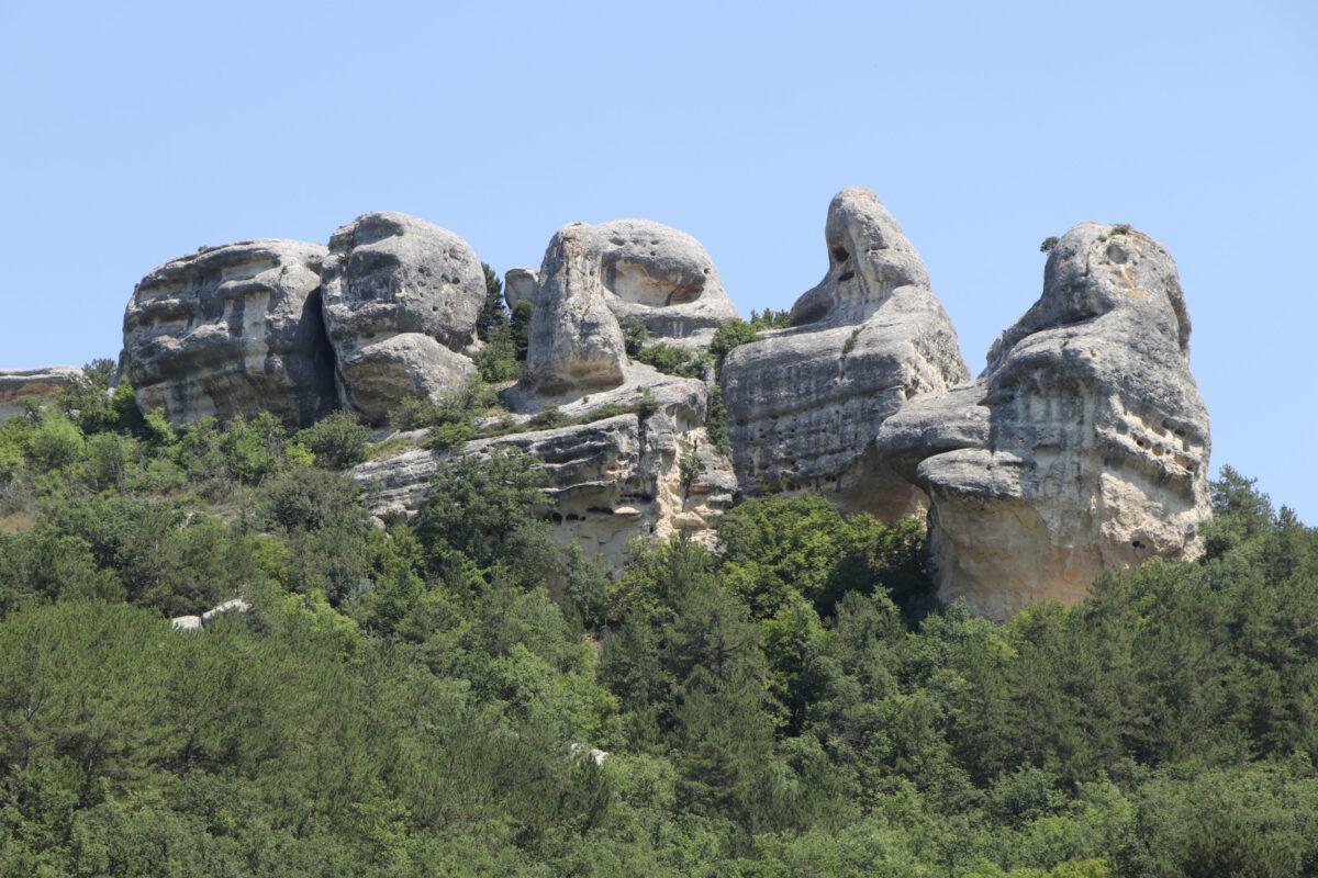 сфинксы каралезской долины, крым, природа крыма, достопримечательности крыма, прогулки по крыму, леса и горы, бахчисарай